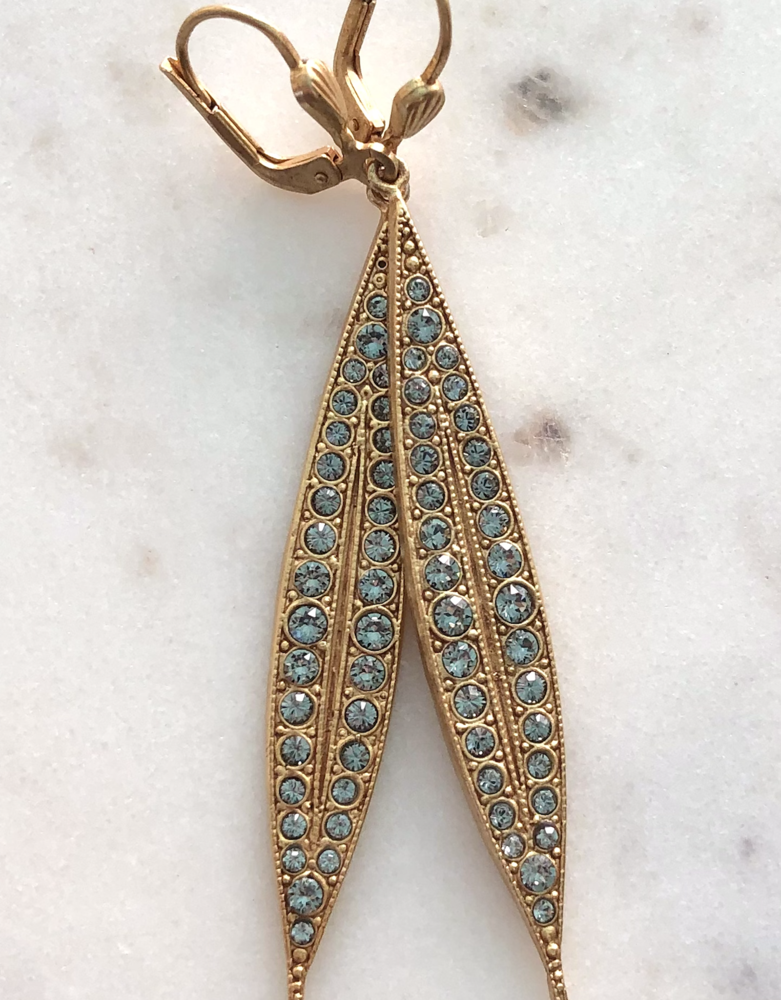 EARRING LONG SPEAR WITH RHINESTONES 2 INCHES GOLD