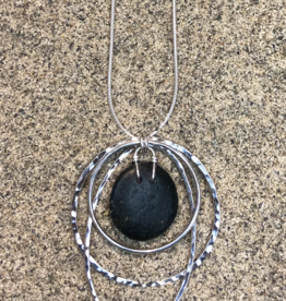CATLIN BLAIR HARVEY NECKLACE LADY GRAY 3 HAMMERED HOOPS WITH STONE