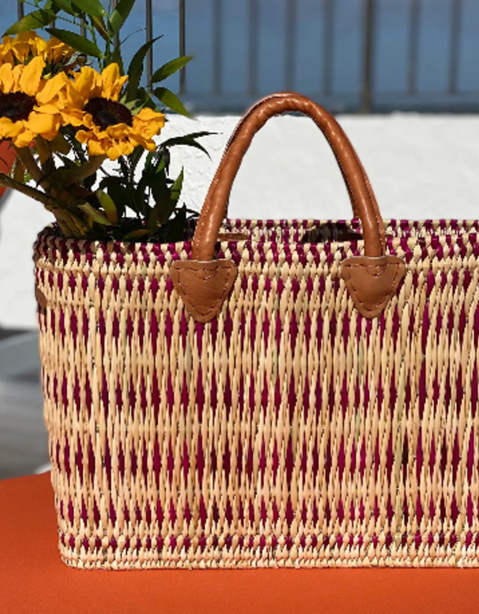 SCENTS AND FEEL BASKET TOTE STRAW WITH PURPLE STRIPES LARGE
