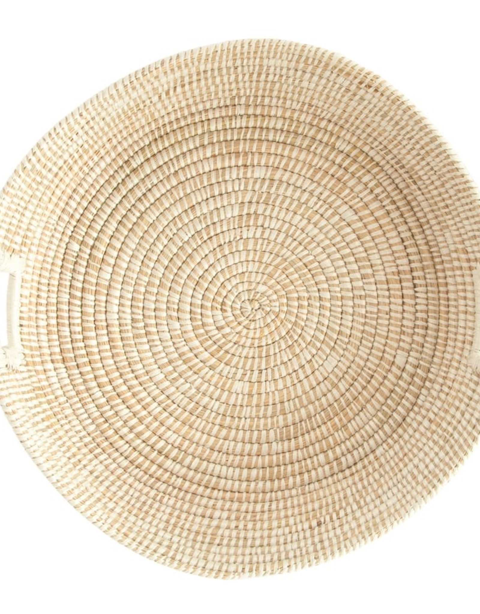 BASKET HAND WOVEN GRASS BASKET WITH HANDLES, NATURAL AND WHITE 23-1/2 INCHES ROUND