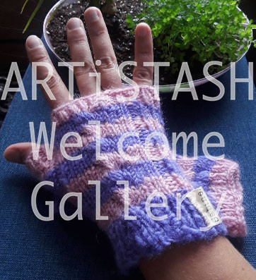 Just Sabine Short Hand Warmers  Wool Yarn Pegasus and Cotton Candy