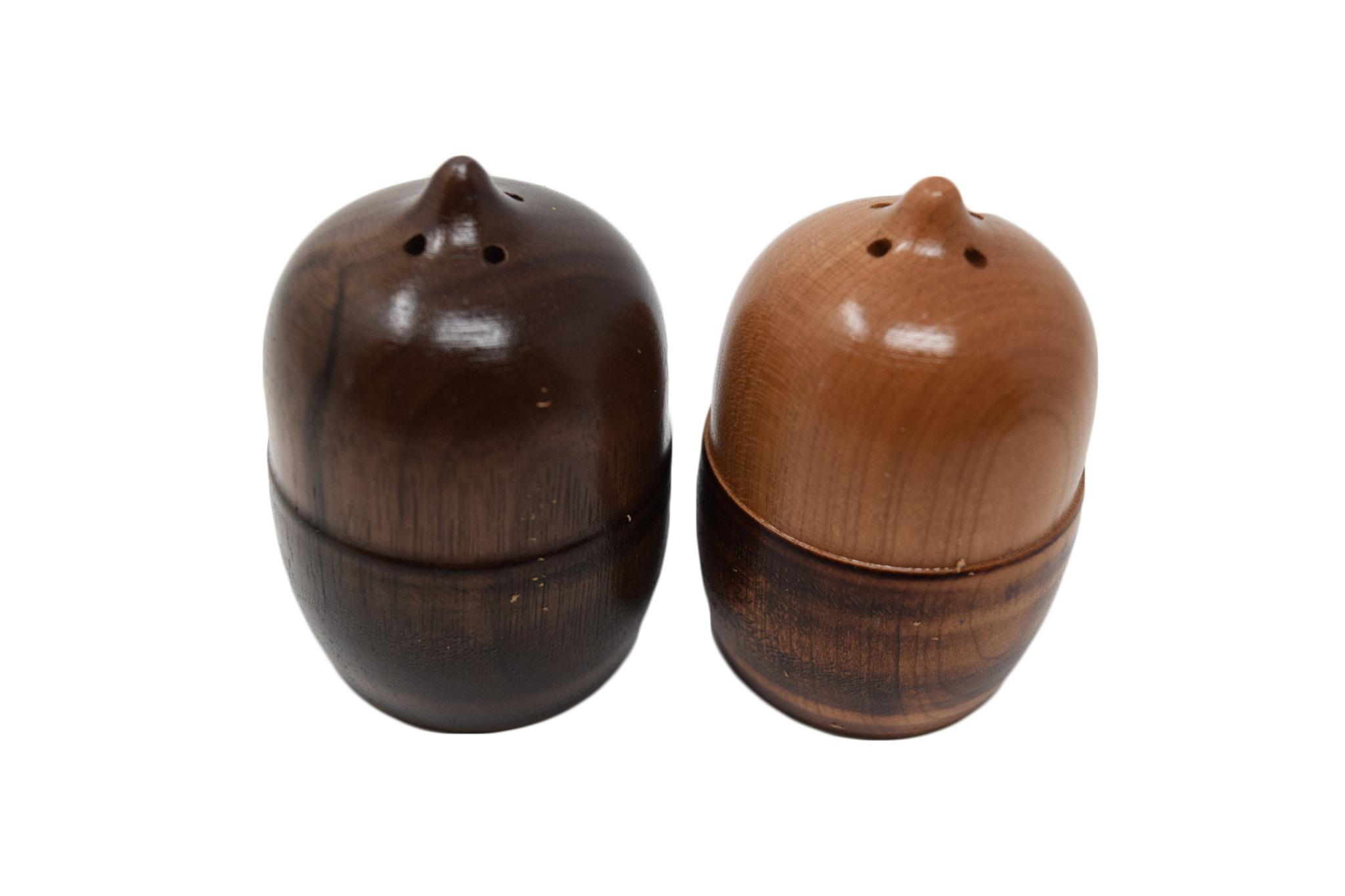 Acorn Salt and Pepper Shaker Set-1
