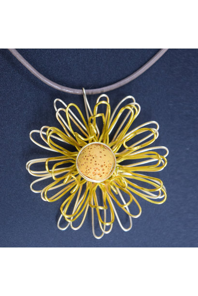 Diffuser Zinna Pendant necklace