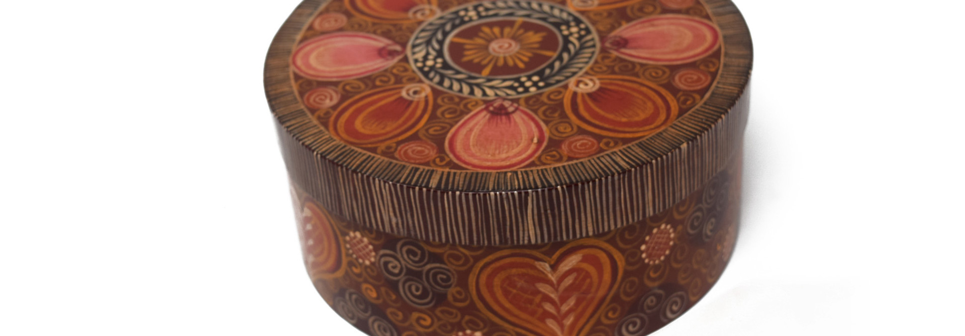 Round Brown box with designs