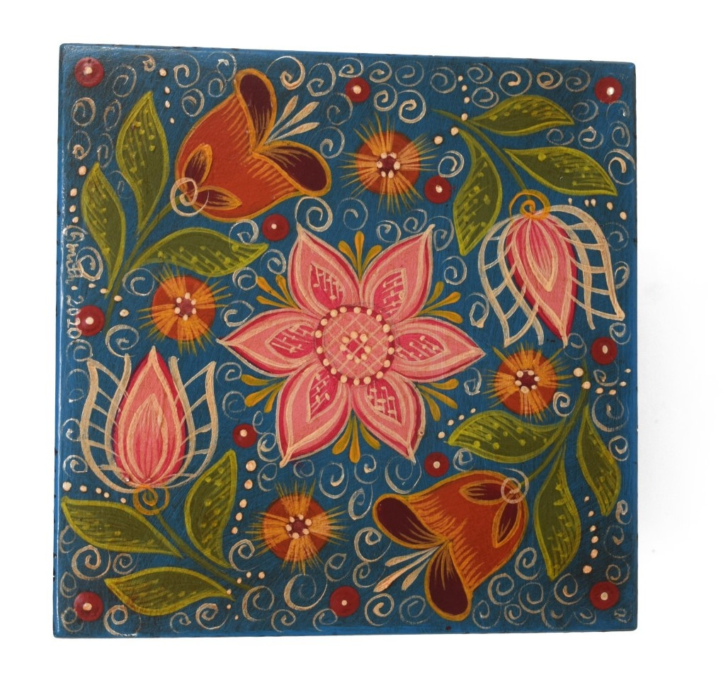 Square box, blue with tulips-1
