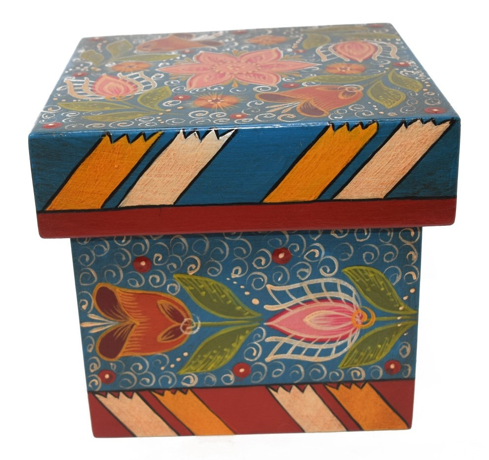 Square box, blue with tulips-4