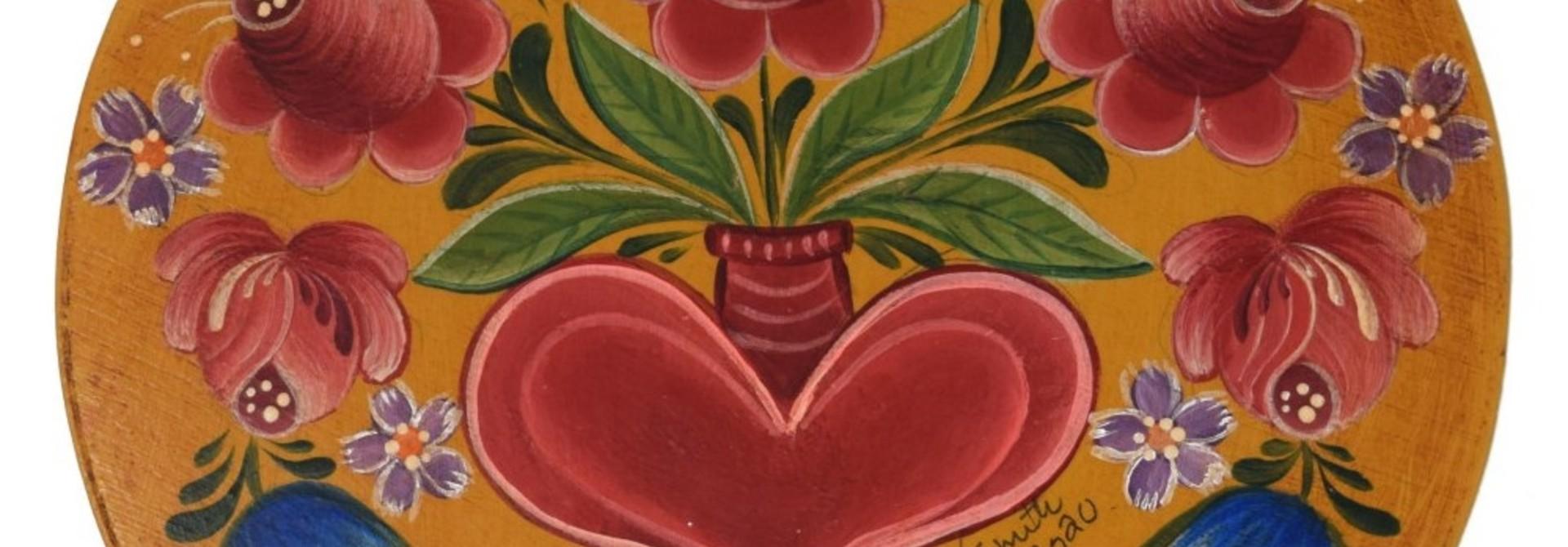 Round Dark Yellow box with tulips and heart vase