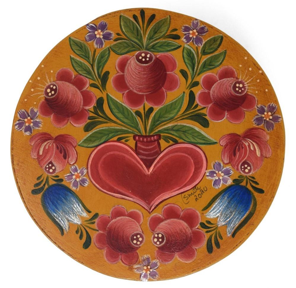 Round Dark Yellow box with tulips and heart vase-1