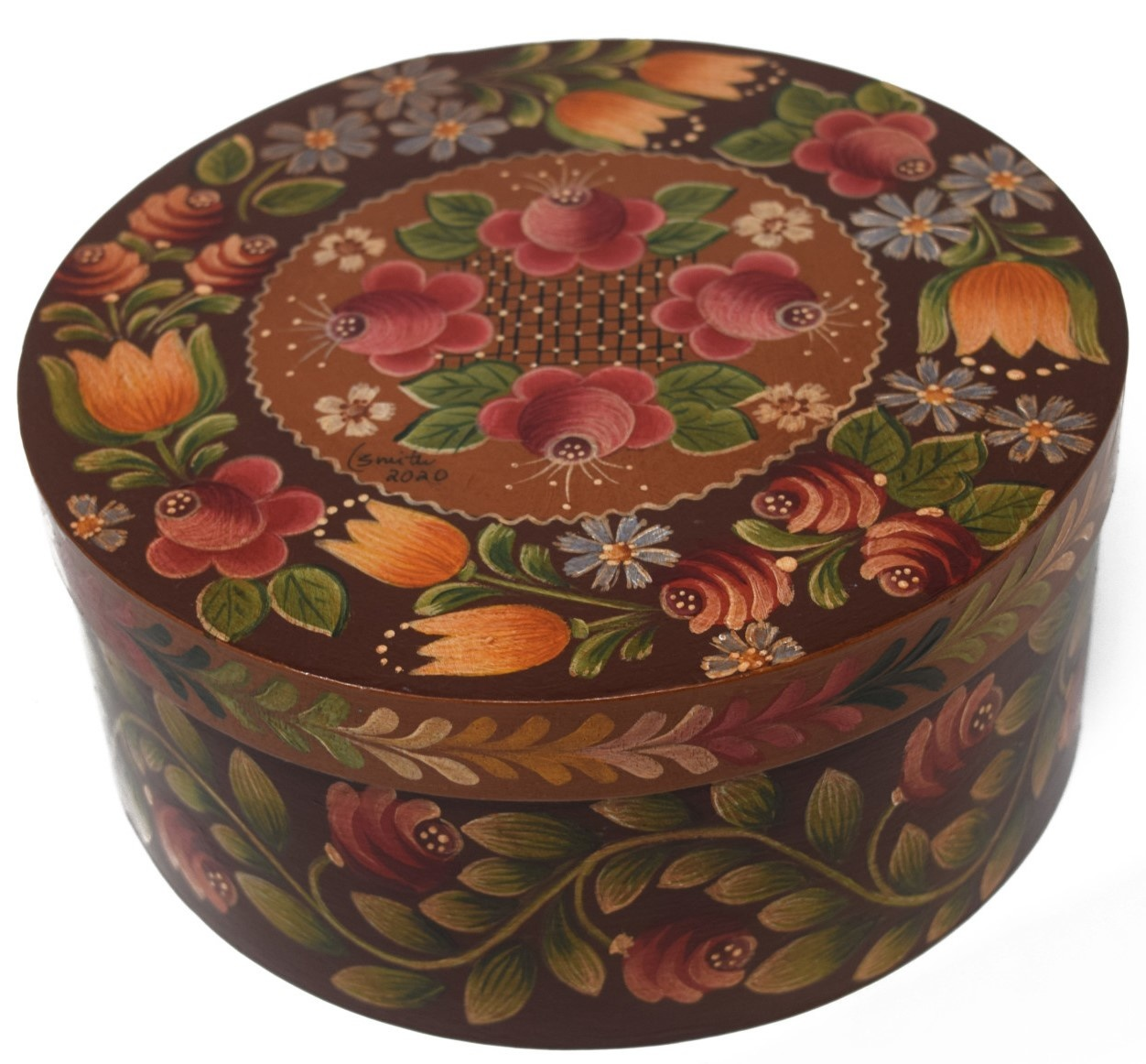 Round box brown with light brown center and flowers-2