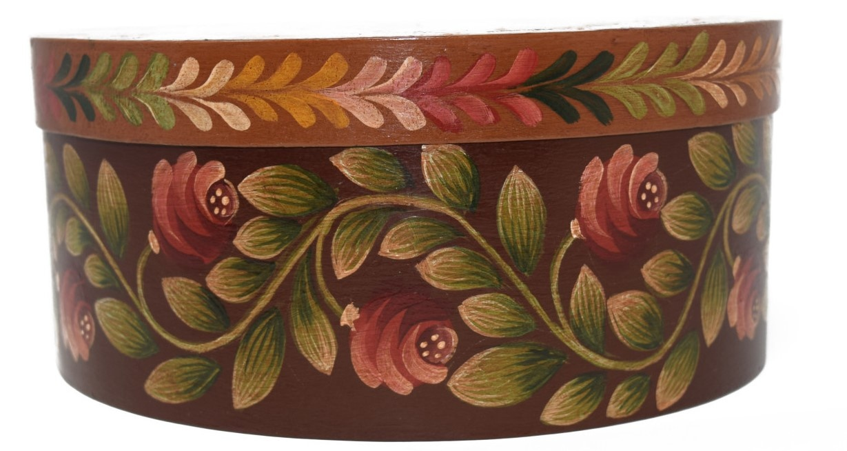 Round box brown with light brown center and flowers-3