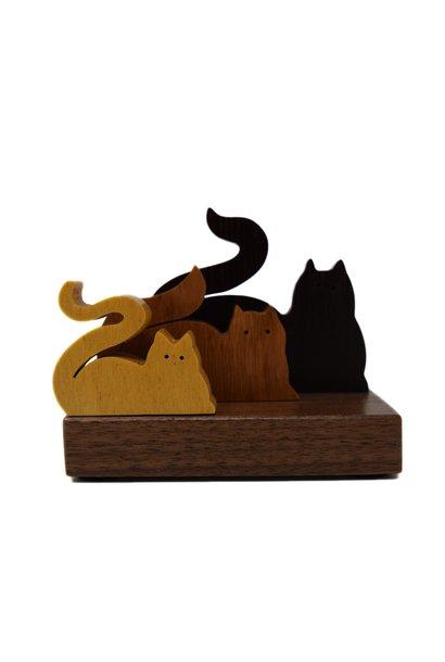 3 Figure Cats