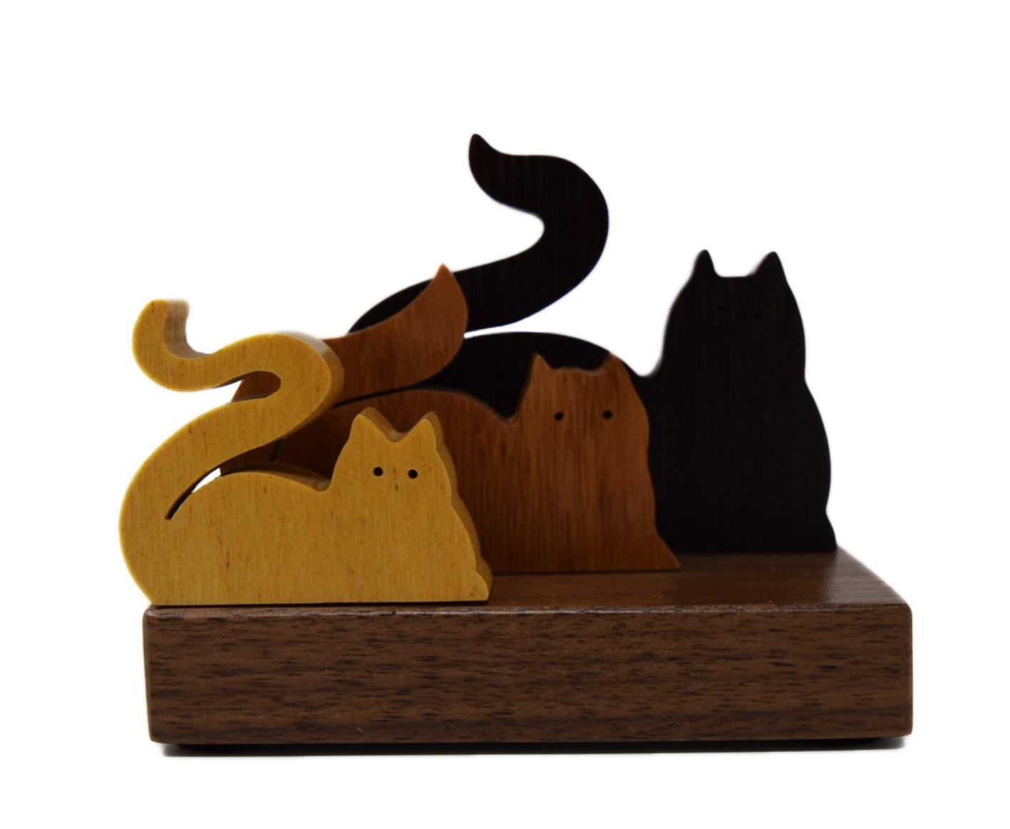 3 Figure Cats-1