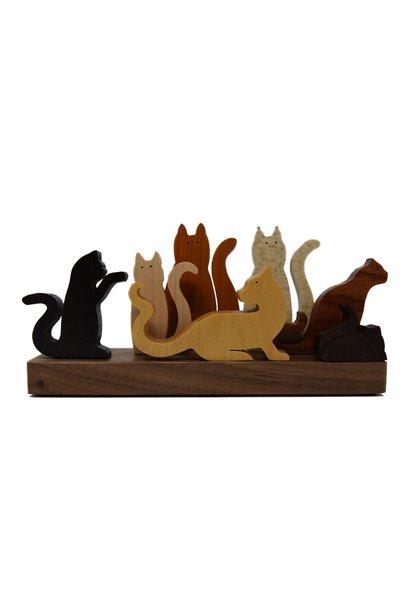 7 FIGURES CATS