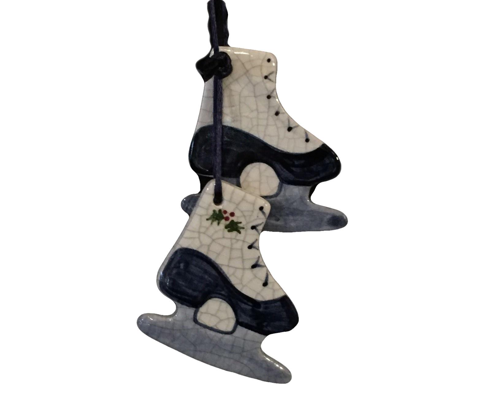 ICE SKATES-1