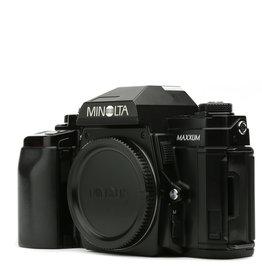 Minolta MINOLTA MAXXUM 9000 35mm SLR Camera