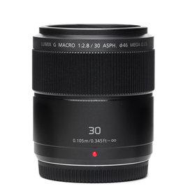 Panasonic Panasonic 30mm f/2.8 Lumix G Macro Aspherical MEGA O.I.S Lens