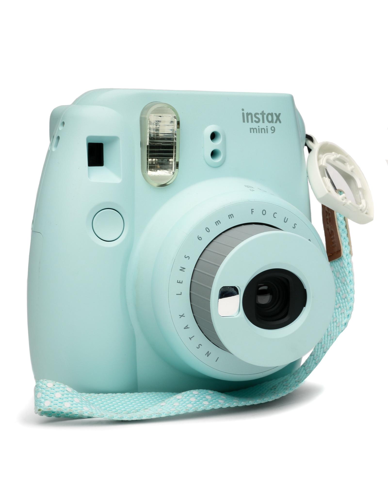 Fuji Fuji Instax Mini 8 Instant Film Camera (Blue) used