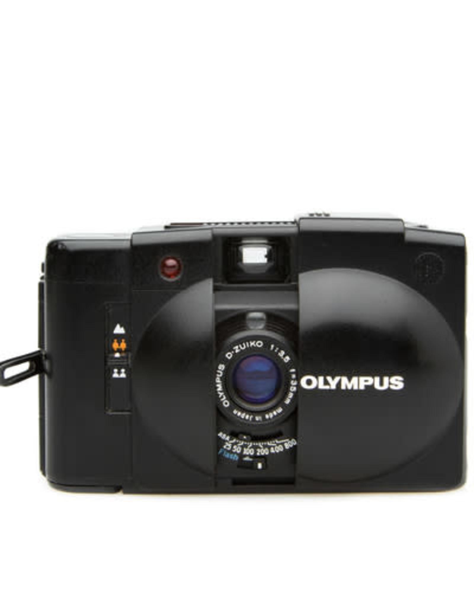 Olympus Olympus XA 3 35mm Point & Shoot Camera w/flash