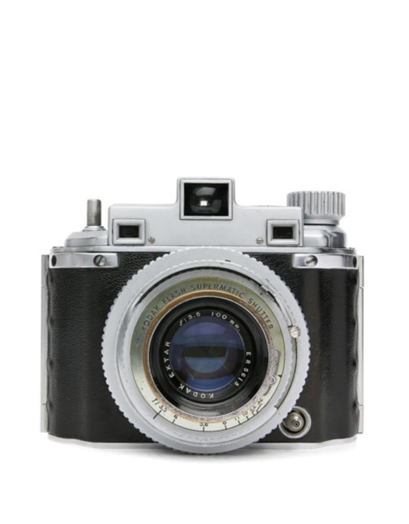 kodak Kodak Medalist II 620 (120) Medium Format Rangefinder Camera w/case