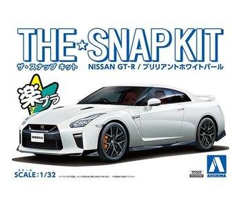 Aoshima 1/32 NISSAN GT-R (BRIRIANT WHITE PEARL)