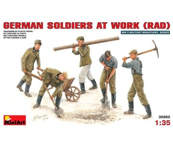 MiniArt German Soldiers at Work (RAD) (1/35)