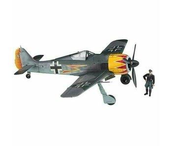 Hasegawa 1/48 Focke-Wulf Fw190A-4 GRAF w/ Figure