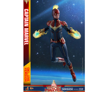 Captain Marvel (Deluxe Version) Sixth Scale Figure - Captain Marvel (Hot Toys)