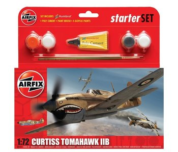 Airfix 1:72 Curtiss Tomahawk IIB Starter Set