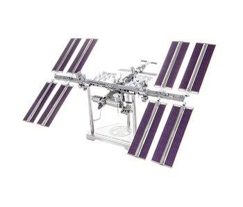 Metal Earth Mega Internal Space Station