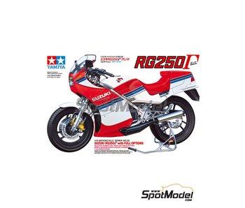 Tamiya R Suzuki Rg250 & Full Op (1/12)