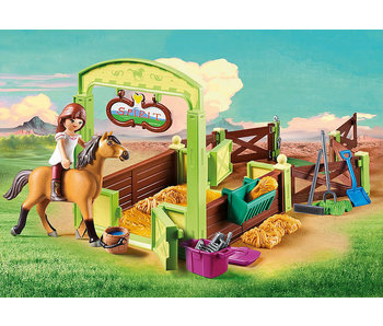 Lucky & Spirit with Horse Stall (9478)