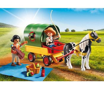 Picnic with Pony Wagon (5686)