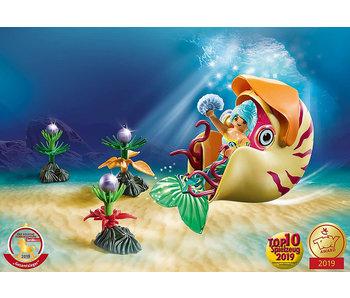 Mermaid with Sea Snail Gondola (70098)
