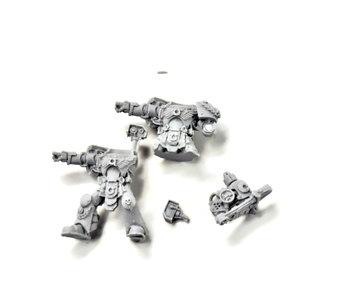 SPACE MARINES Sergeant Chronus Techmarine #1 FINECAST 40k Missing heads
