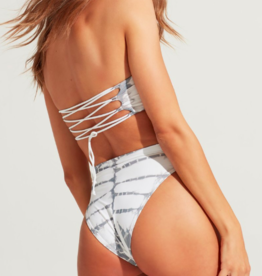 L Space Beach Wave Top