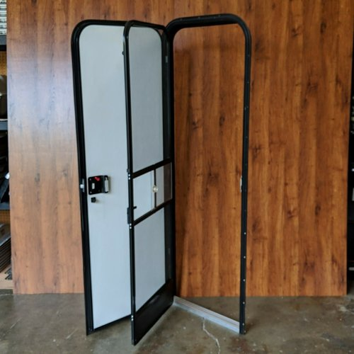 "Lippert Components 24"" x 72"" Radius Entry Door LH Mint Ivory Fade"