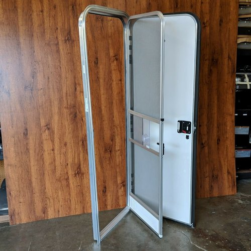 "Lippert Components 26"" x 72"" Radius Entry Door RH White w/ Mill Trim"