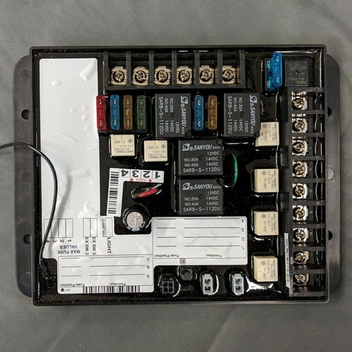 Lippert Components 5 Output Fuse Receiver Board