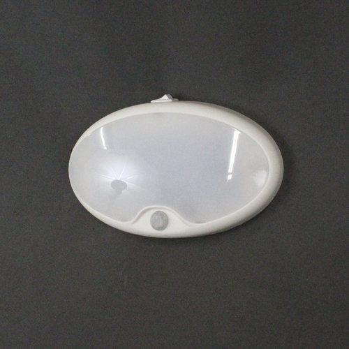Dream Lighting White LED Motion Sensor Pancake Light w/ Switch
