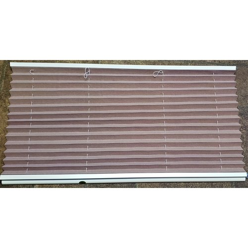 "Unbranded 32"" x 22"" Night Window Shade"
