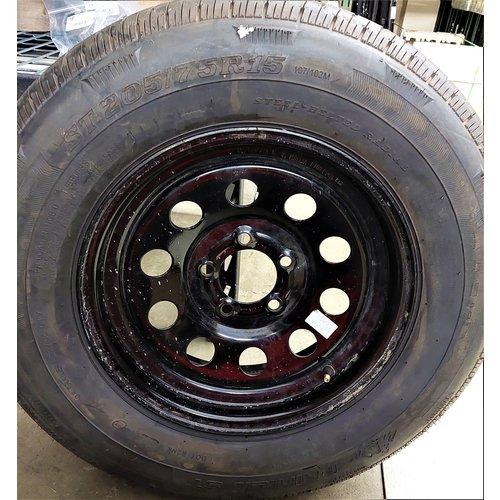 Unbranded Tire w/ Wheel 205/75/15 5 Lug Steel