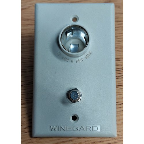 TV Wall Plate /with 12v outlet off white