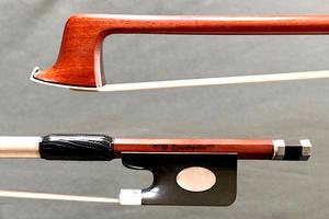 """Sousa SOUSA """"Zucolotto"""" Master Artisan 4/4 viola bow"""