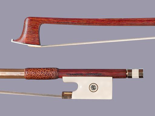 ALEXANDR HENDRUK Ivory & Gold mounted violin bow, 65.0 grams