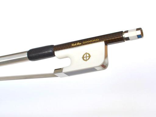 CodaBow CodaBow DIAMOND GX Cello bow, with Alabaster XEBONY Frog (Full Size)