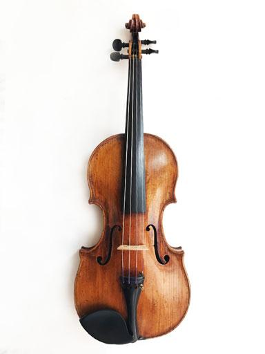 European Girolomo Amati label old petite European violin