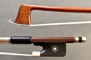 *R F Hoyer* viola bow, ebony/nickel