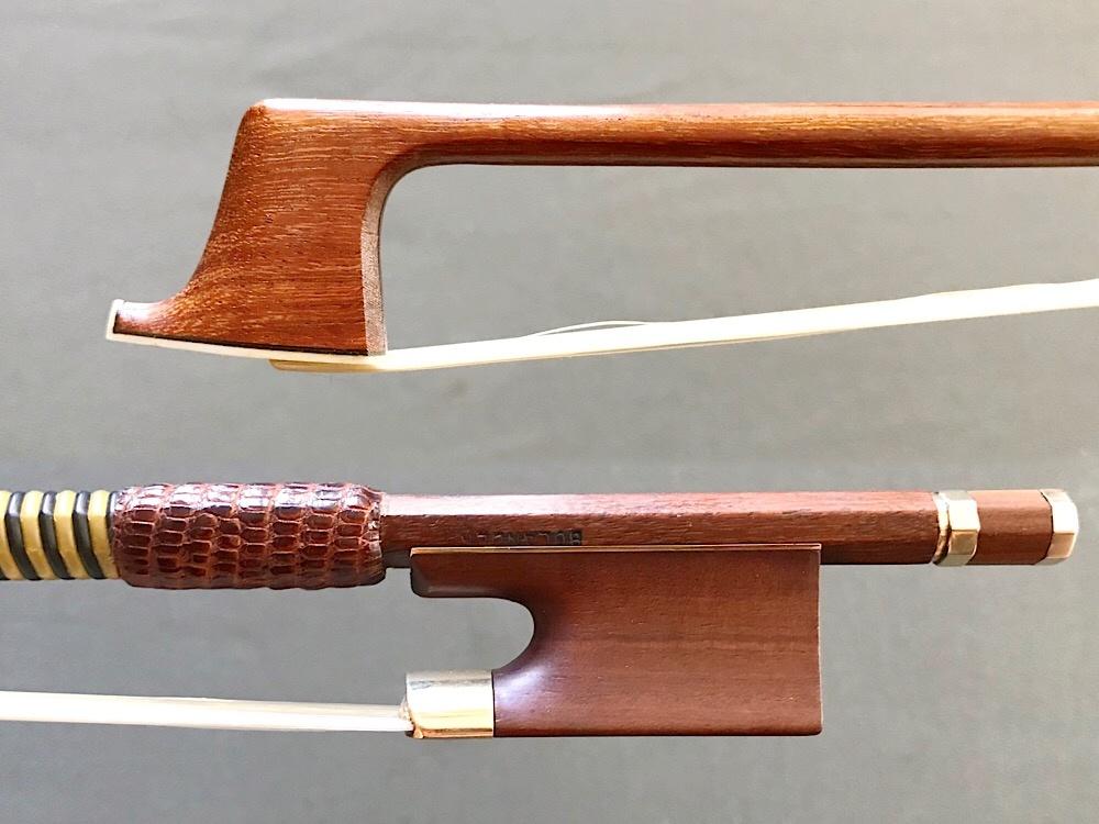 John Bolander gold/mountain mahogony violin bow #833, USA