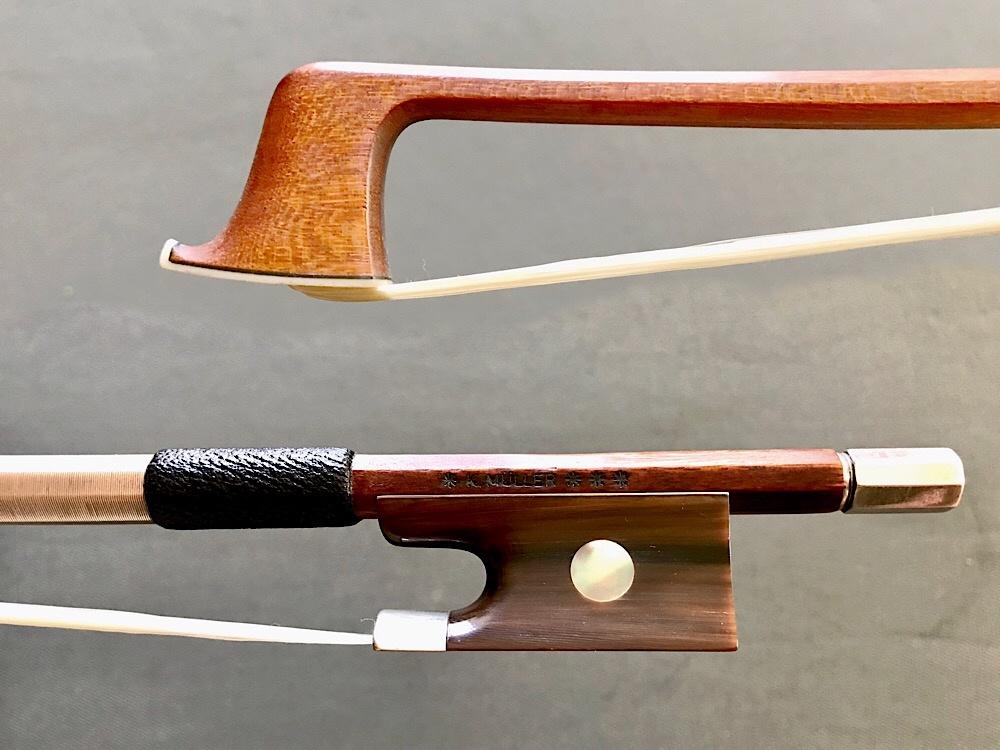 * K. MüLLER *** silver and horn mounted Pernambuco violin bow