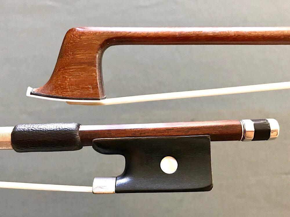 AUG. RAU MARKNEUKIRCHEN silver violin bow, GERMANY